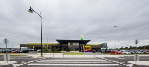 Commercial Photography | Melbourne Photography | Landscape image of Woolworths store exterior