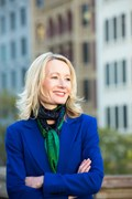 Corporate Portrait Photography | Melbourne Photography | Individual head and shoulder corporate photo of woman outdoors